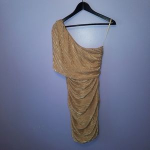 💎Arden B Gold one shoulder dress